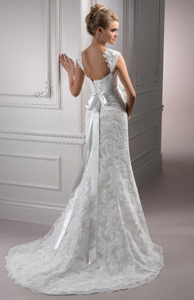 Maggie SotteroLorie