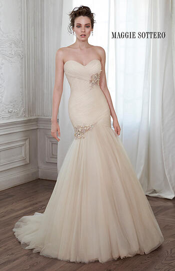 Maggie SotteroLacey Marie